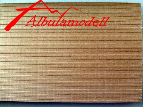Holzplatten 2.4mm Rillen (0.8mm Plattenstärke) (H0)