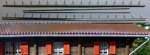 Regenrinne Dachrinne mit Ablaufrohren (2 Stück)